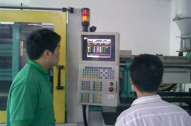 Injection molding troubleshooter